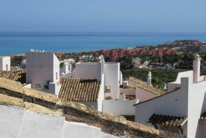 duquesa-golf-urbanization-buy-penthouse-sea-views-two-terraces-solarium-bargain-price-manilva (14)