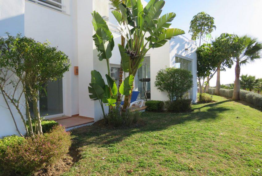 Ground-floor-to-sell-in-alcazaba-lagoon-spain-views-entrance