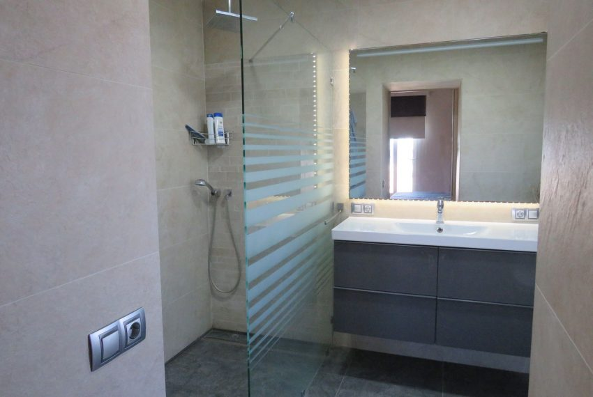 Villa-hacienda-guadalupe-in-sell-bathroom