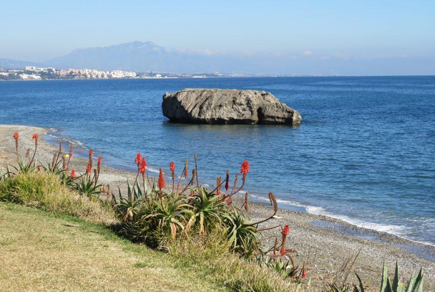 buy-a-property-ground-floor-casares-beach-spain-estepona-coast