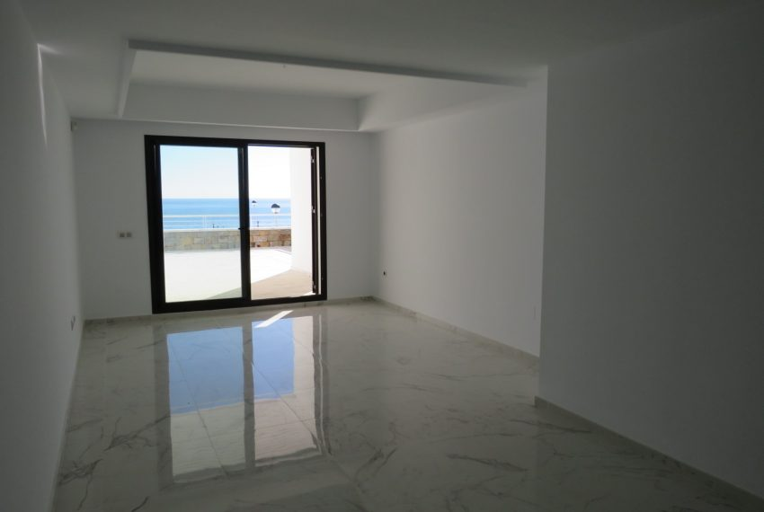 buy-a-property-ground-floor-casares-beach-spain-lounge