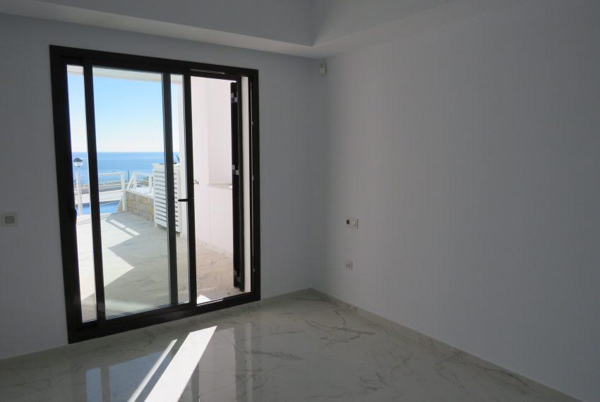 buy-a-property-ground-floor-casares-beach-spain-master-bedroom