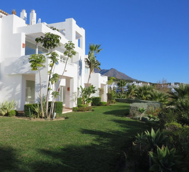 buy-an-apartment-in-spain-estepona