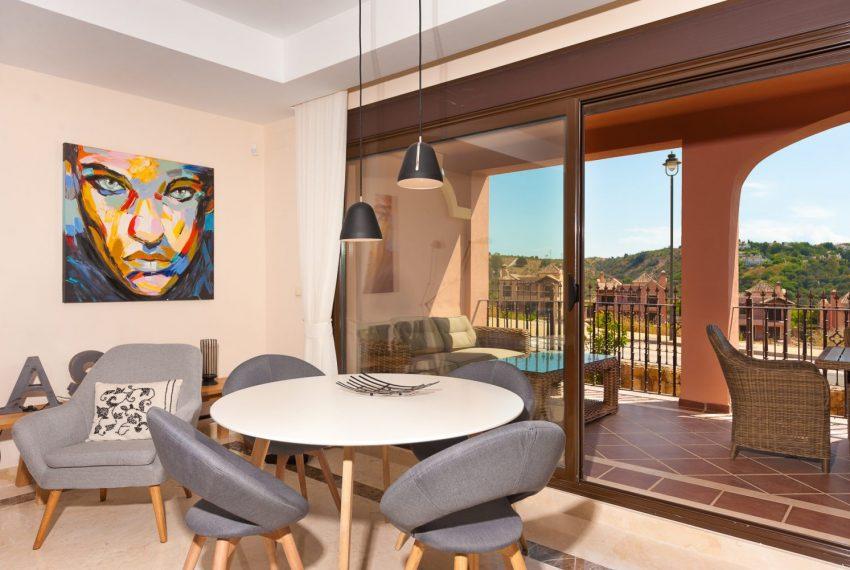 ibergolf-terrace-seaviews-golf-estepona-buy-townhouse