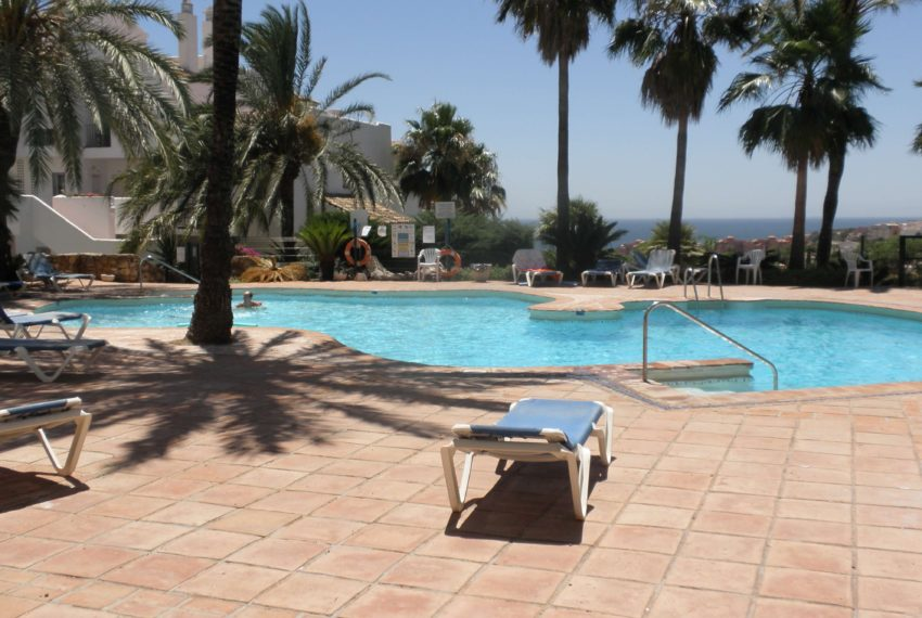 Fuentes-duquesa-apartment-to-buy-near-golf-swimming-pool