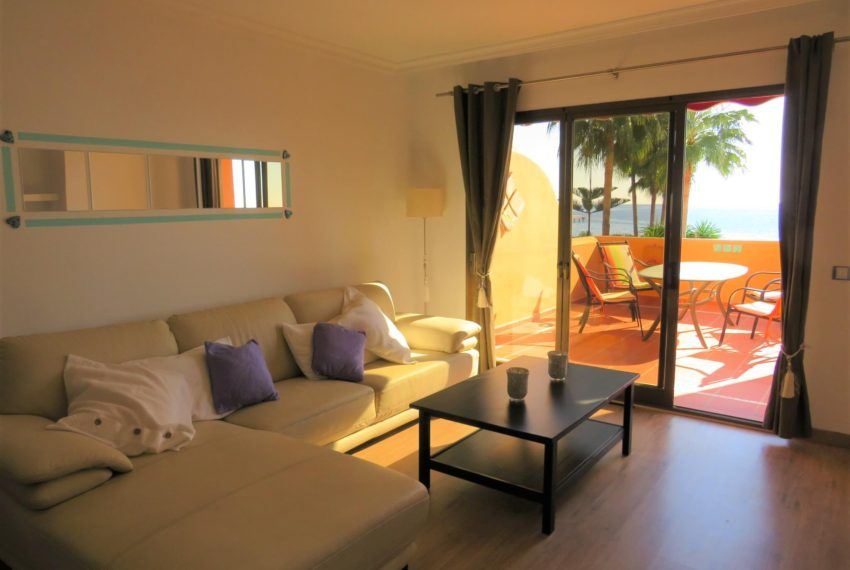 3bedrooms-apartment-buy-sea-views-very-first-line-beach-walking-distance-Estepona-port-sofa