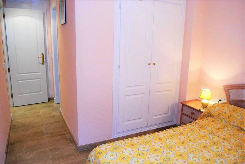 Marina-duquesa-manilva-spain-costa-del-sol-port-palm-sun-rent-bedroom-rest