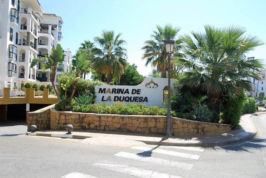 Marina-duquesa-manilva-spain-costa-del-sol-port-palm-sun-rent-port
