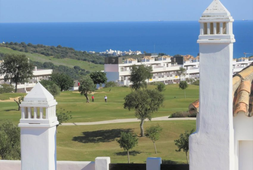 new-promotion-estepona-golf-valle-romano-residencial-bedroom-view-3