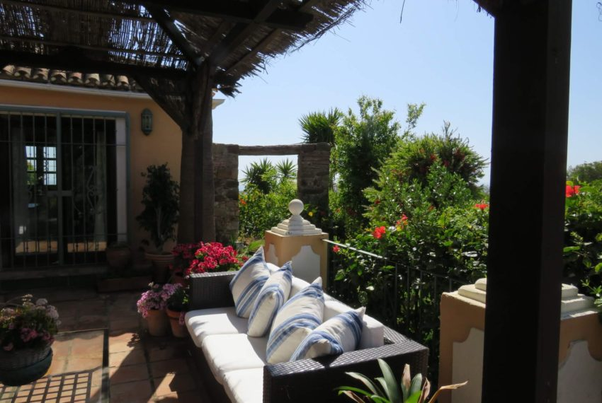 manilva-villa-buy-see-views-swimming-pool-garden-terrace1 (3)