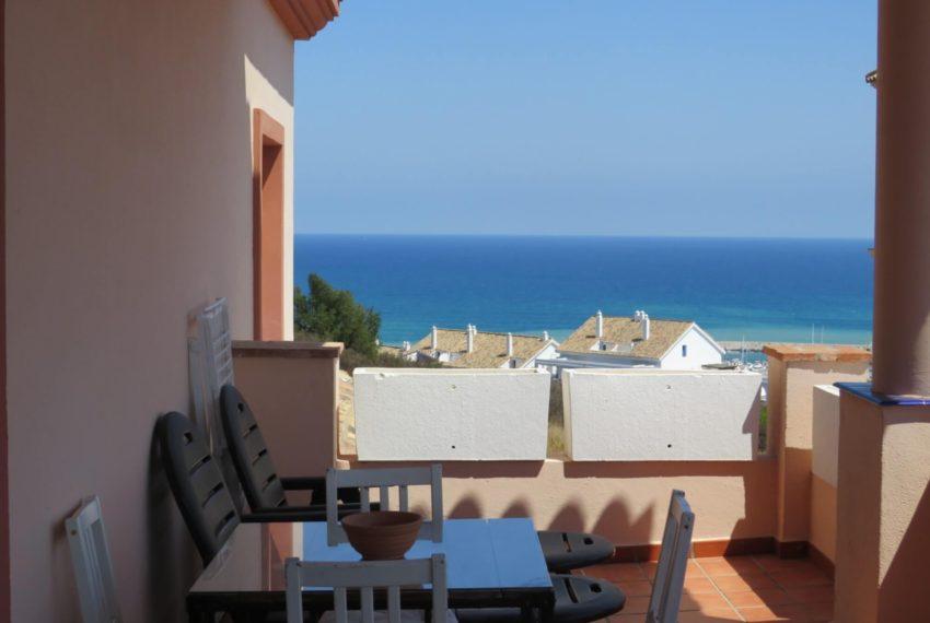 buy-2bedroom-apartment-duquesa-area-sea-views-manilva-terrace3