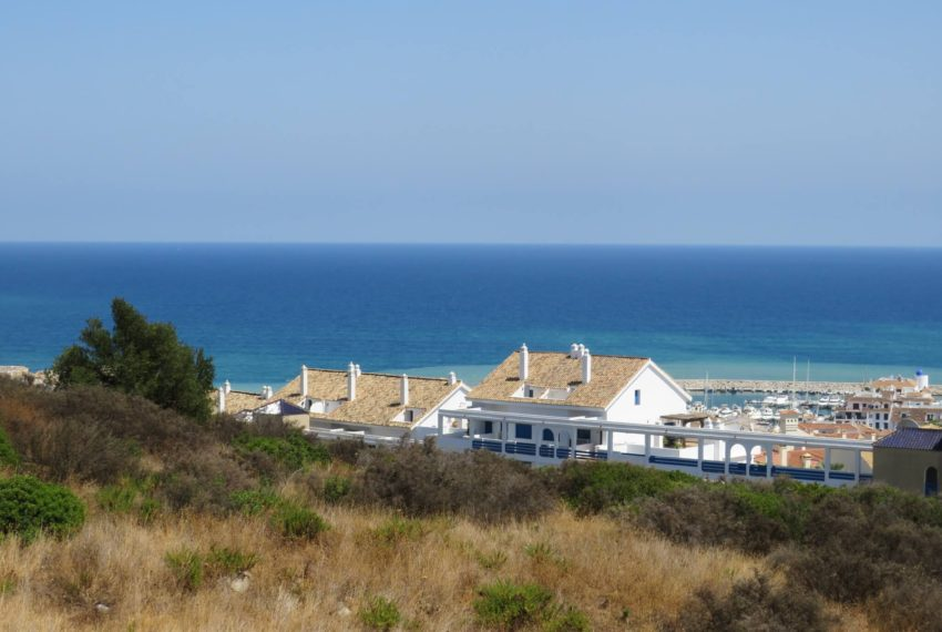 buy-2bedroom-apartment-duquesa-area-sea-views-manilva-views-from-terrace