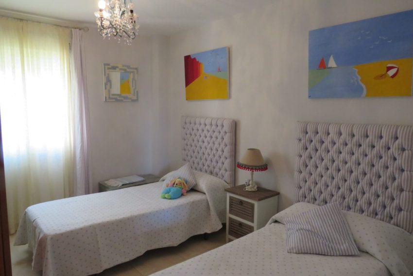 for-sale-apartament-duquesa-2-bedroom-2-batheoom-sea-views-swimming-pool-terrace-parking-leadog-paddle-1-bedroom - Copy (2)