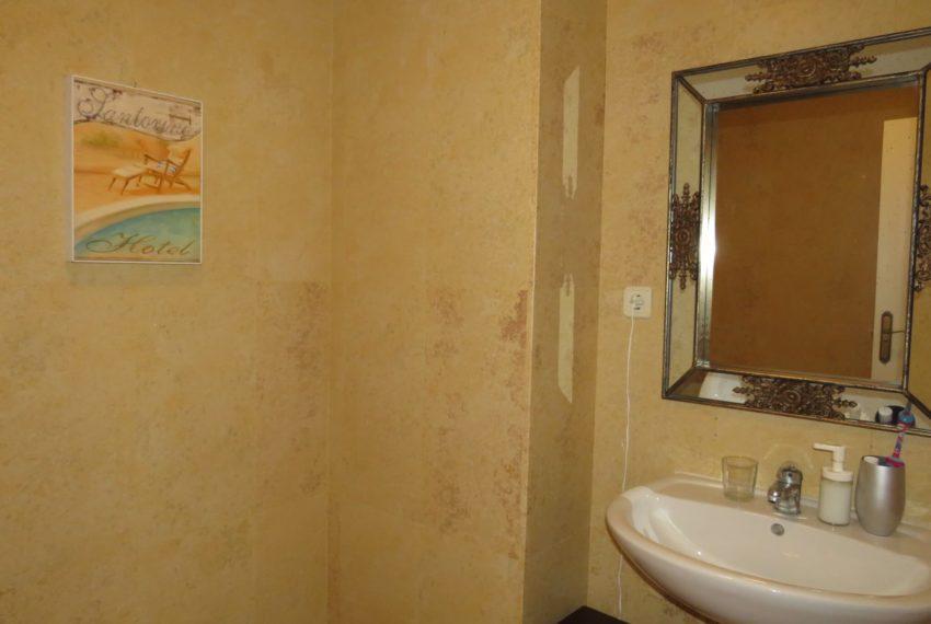 for-sale-apartament-duquesa-2-bedroom-2-bathroom-sea-views-swimming-pool-terrace-parking-leadog-paddle-bathroom1
