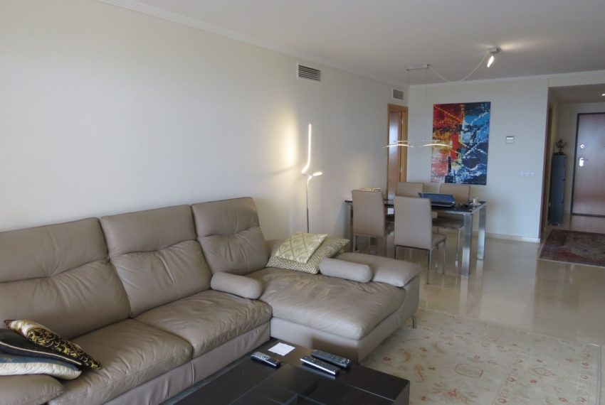 3bedrooms-apartment-sea-views-big-terrace-buy-doña-julia-casares-coast-south-west-orientation-living-room