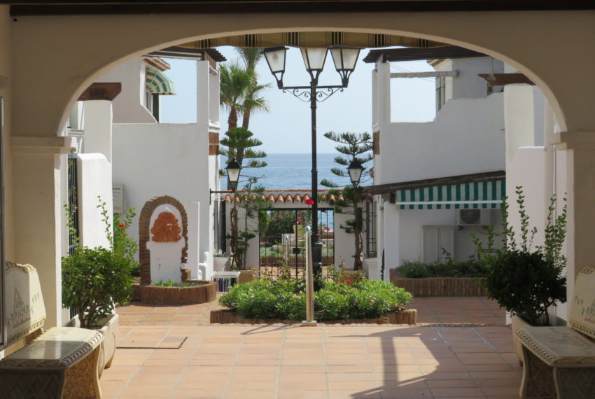first line beach , duquesa port , 2 bedroms (2)